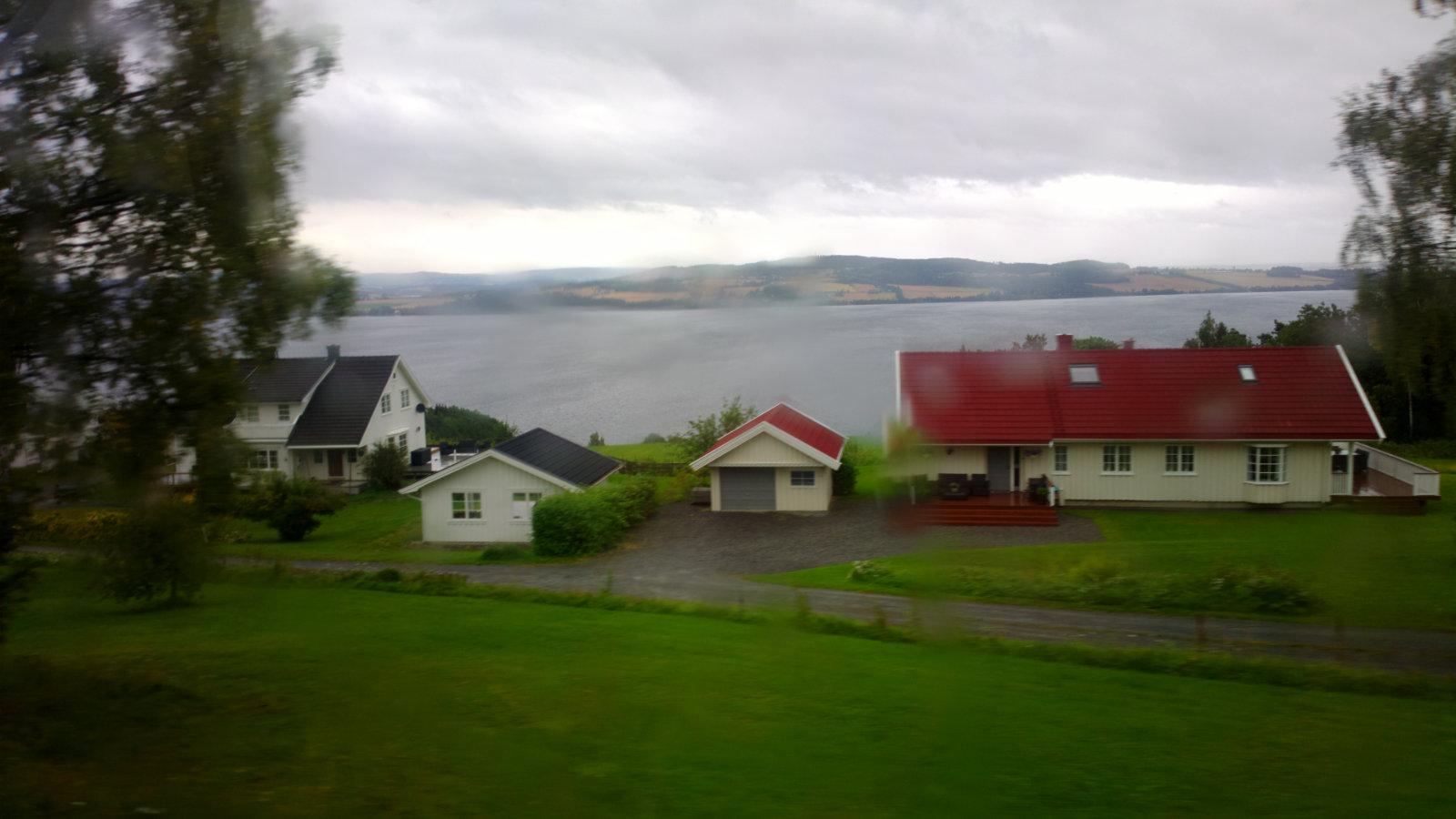 Norwegia (61)