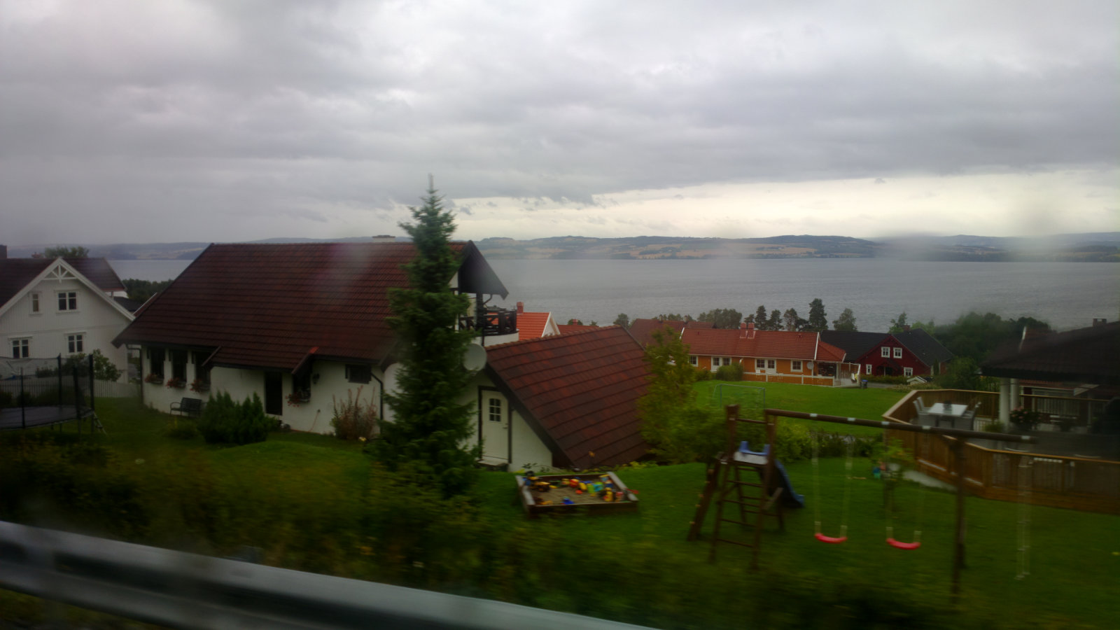 Norwegia (64)