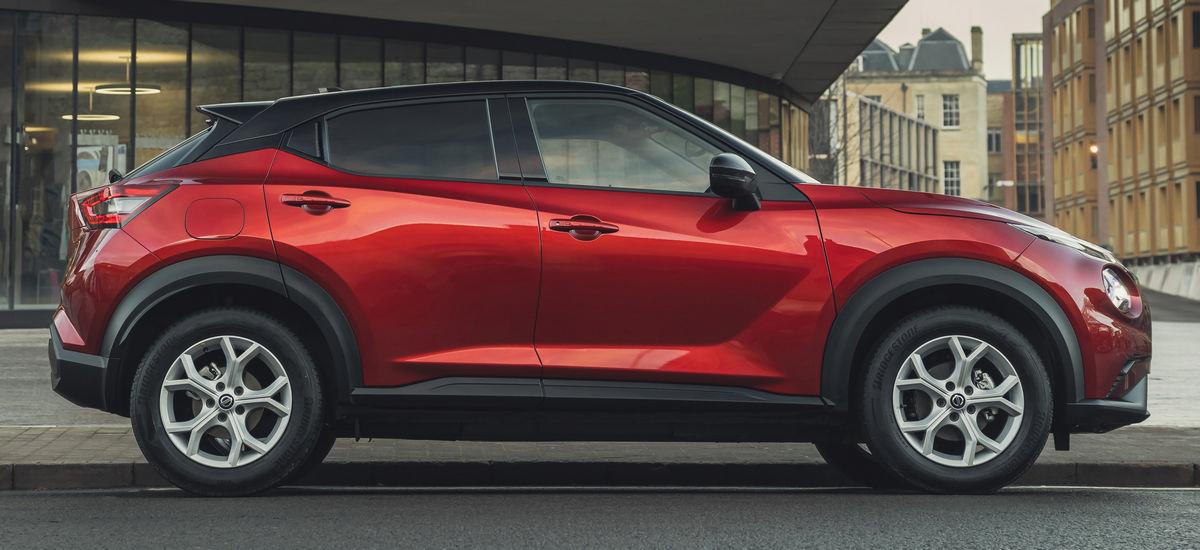 Nissan Juke po korekcie klamek drugiej pary drzwi bocznych